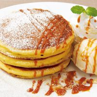 Denny's caramel pancake